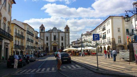 Plaza de Evora